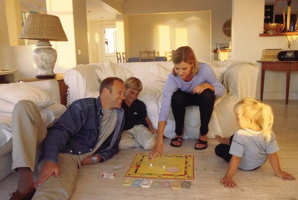 фото хозяюшки с семьёй дома