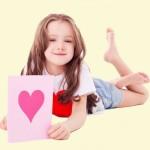 Как сделать поздравительную открытку вместе с ребенком
