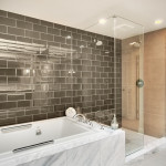 Отделка ванной комнаты стеклянной плиткой