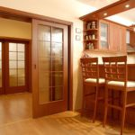 Как правильно выбрать дверь на кухню